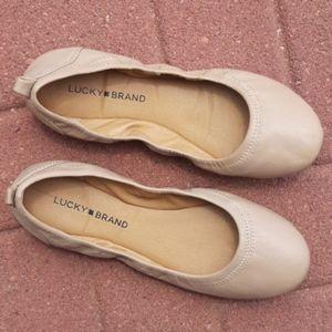 Lucky brand Eleesia nude leather flats sz 8